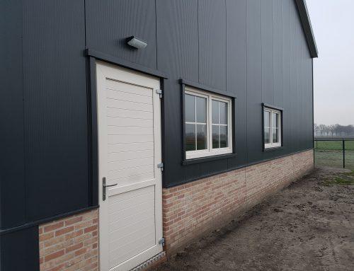 Das Bauunternehmen verwendet Bouwimpex-Produkte jetzt auch für die eigene Lagerhalle nach bereits vielen erfolgreichen Montagen bei ihrer Kundschaft